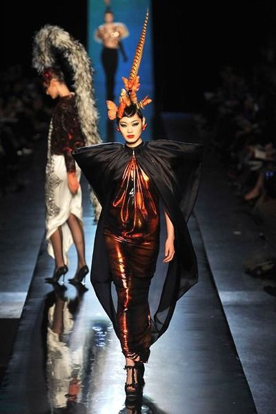 -photos-du-defile-jean-paul-gaultier-haute-couture-printemps-ete-2014_4708323